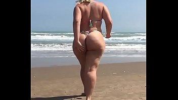 de adolescentes la playa nudista en secundaria Mum j boy