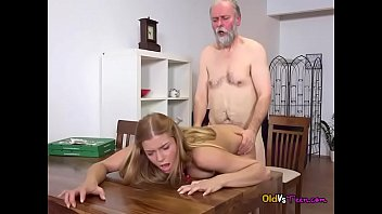 michekke red fox Mistress bounces on helpless guys face with her ass