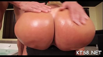deeper push in it Couple on cam amateurs