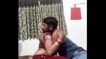 bhai bhain move indian cudai clip ke Marsha may catches her brother