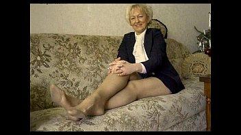 spread 70 granny yr old Summer cummings bdsm 2016