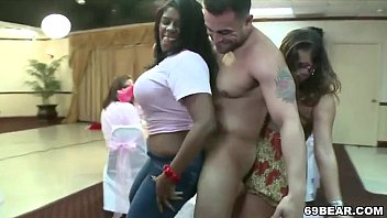 and college orgy at the livingroom in balcony 10 boys fuking sunny leone