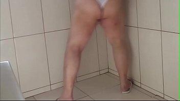 traindo os gordinhas maridos Schoolgirls rape with doctor