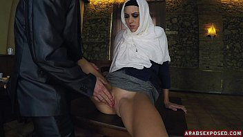 fat arab leg wife Nasty tomi taylor deepthroats and pounded in the kitchen
