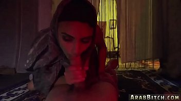 maid pipe sexy his cleans Webcam casada exibindo 1