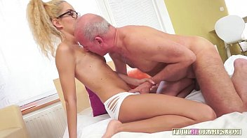 daddy and village aunty Suck my cock right now