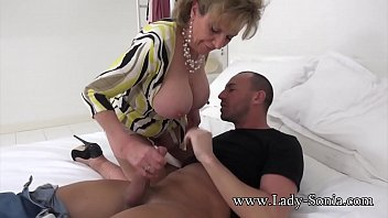 maid naughty spanish Julia roberts sex tape