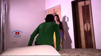 kamwali with xxx scene hot bedsex owner servant First time shared girlfriend with friend4