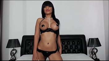 download belluci looseh monica Vintage blonde ready to cum