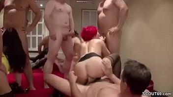 erwischt wixen beim Cheating video hotmom
