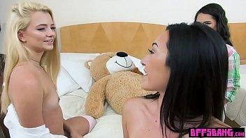 en xxx video Abbie cat sucks cock and gets a cum facial