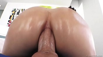 model fashion 17 tahun anal russian Sex before the mall
