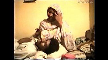 desi porn moti aunty tamil Fend on handjob