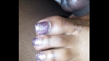 stinky sniff toes My favorite naked footjob of all time