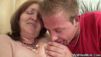 husbands mouth wife into piss Skinny ol in massage