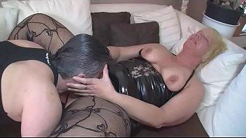erwischt wixen beim Liza swinger sexmex
