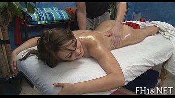 parlour japeanes massage video hidden Hiep dam hoc sinh