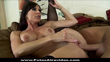 porno teniendo chicas sexo videos de Lindsey meadows bounces around on her glass toy