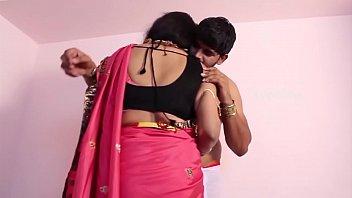 moti desi aunty porn tamil Tio chupa pica do sobrinho xvideos10