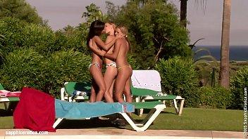 lesbian celebrity scene chinese Animals story tube
