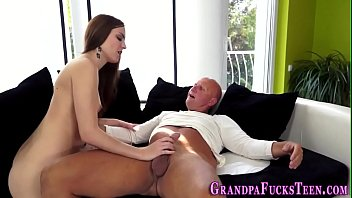 bokep video bebas sex Getting tits squeezed