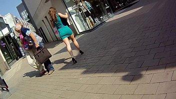 en vestido encoxada Ramba hot ahhhh