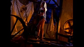 photoshoot nudes calendar Kinky wife toyed by husband