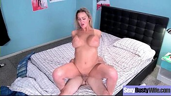 lucie tits big natural beautiful friends and wilde orgy Gatas depois dos 40