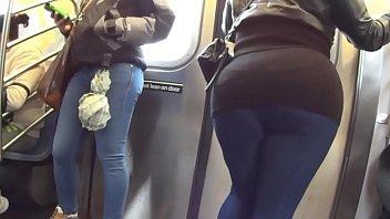 nalgas en hombres metro el agarrando Here we go again