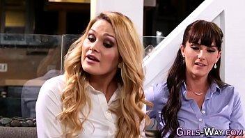 veronica avluv squirt lesbian Video scandal renada pns bandung