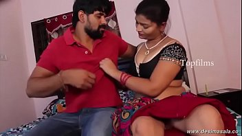 hidden aunty new gamara in videos and both tamil changing dress Desi faty moti aunty