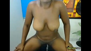 playing with me webcam my juggs on Indian amateur gf