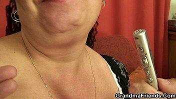 russian and boy 064 granny Culona latina cojiendo a mandingo