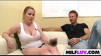 busty lesbo talking milf act in vulgar a Two girls rub to orgasm