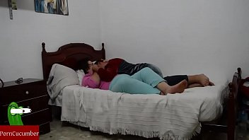 cojiendo con madres hijos Guy fucks his hot sister while no on is home