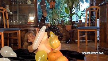 fun party balloon Chupando o p