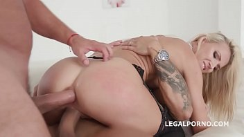 anal vaughn megan Father and real daughters